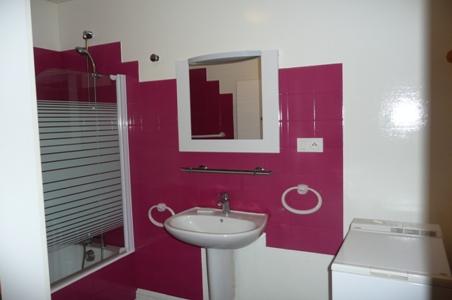 r613bai00 appartement par croisement de crit res. Black Bedroom Furniture Sets. Home Design Ideas
